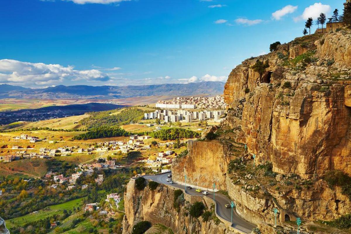 Константина,_третий_по_величине_город_Алжира (1)