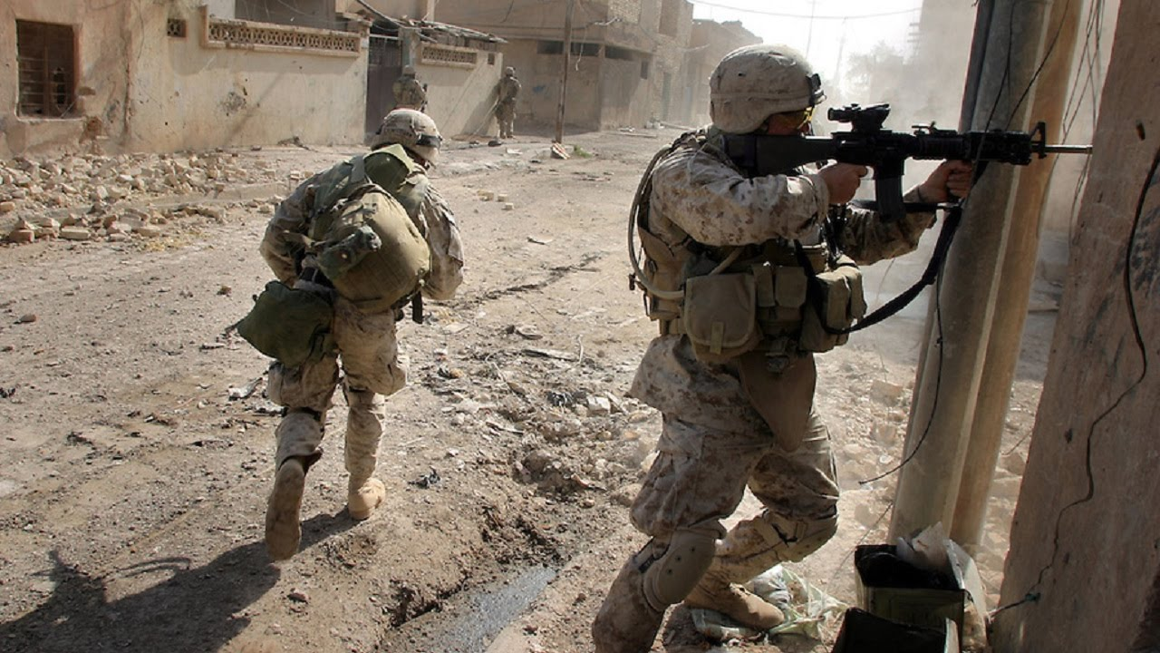 the pointless wars in iraq and vietnam Similarities between the war in iraq and the vietnam war as time passes, every society endures situations which stress its' very fabric each societies' history is sprinkled with these situations.
