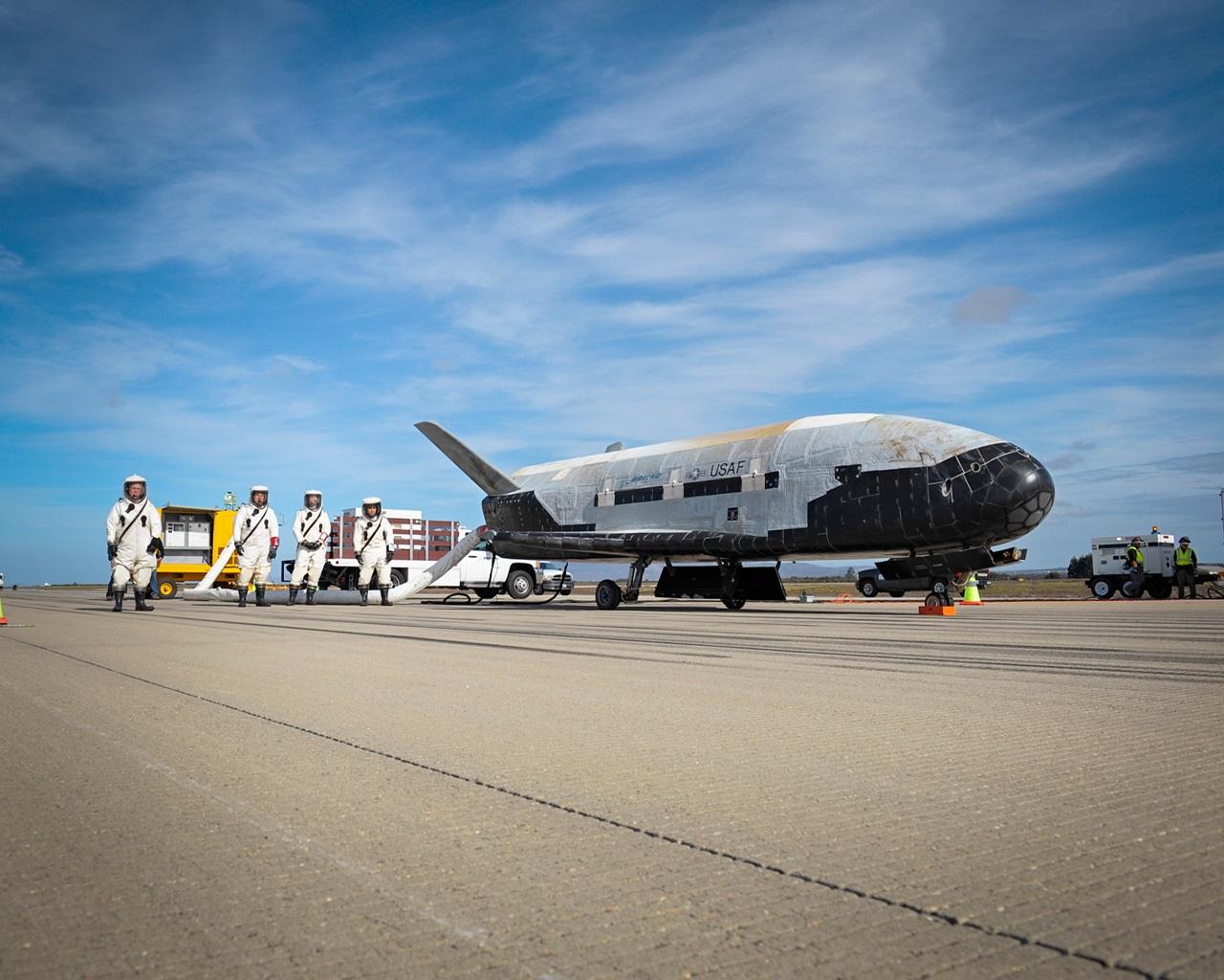 X-37B OTV Mission 3 Landing