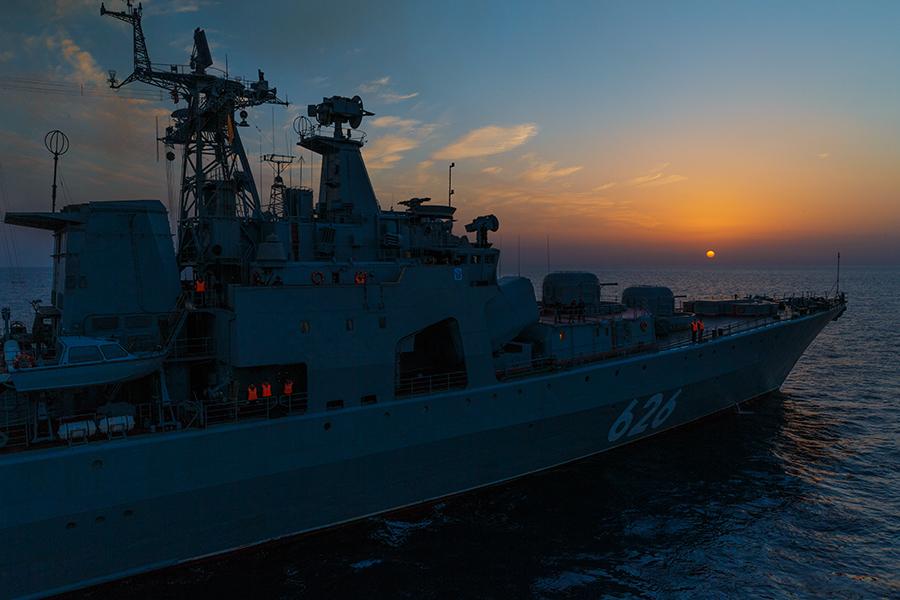 Постоянная_группировка_ВМФ_России_в_Средиземном_море_обеспечивает_противовоздушную_оборону_над_территории_Сирии_(32)